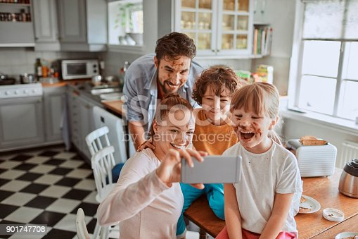 894071774 istock photo Family taking a selfie 901747708