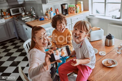 894071774 istock photo Family taking a selfie 901751272