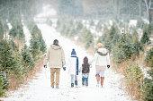 istock Family tradition 1065599978