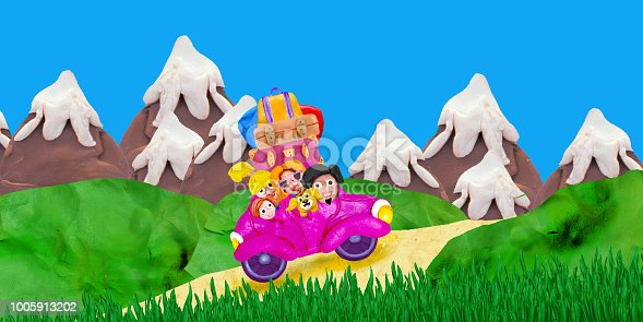 624869600 istock photo Family trip to mountains by retro car 3D illustration  banner isolated on white background 1005913202