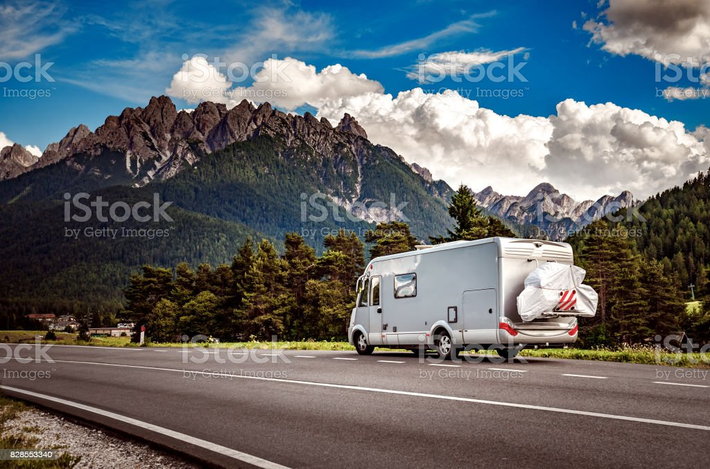 Urlaub mit der Familie reisen, Urlaub im Wohnmobil – Foto