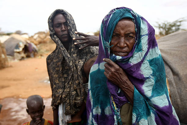 Famine in africa dadaab refugee camp picture id471519661?b=1&k=6&m=471519661&s=612x612&w=0&h=fz 9wq2hlouilnp0xbvmx6 ojyweuutqkqpbivs05ge=