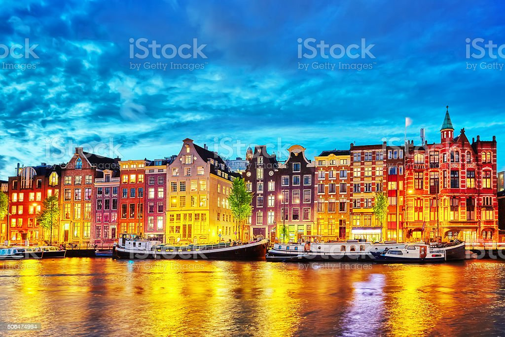 Famous Amstel river and night view of beautiful Amsterdam city.​​​ foto