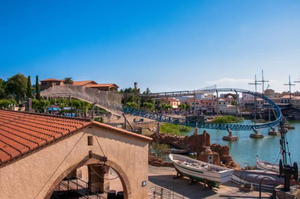 Berühmten Vergnügungspark Port Aventura in Salou, in der Nähe von Barcelona – Foto