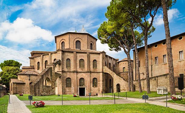 Berühmte Basilika di San Vitale in Ravenna, Italien – Foto