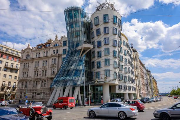 Berühmte tanzende Haus in Prag, Tschechische Republik – Foto