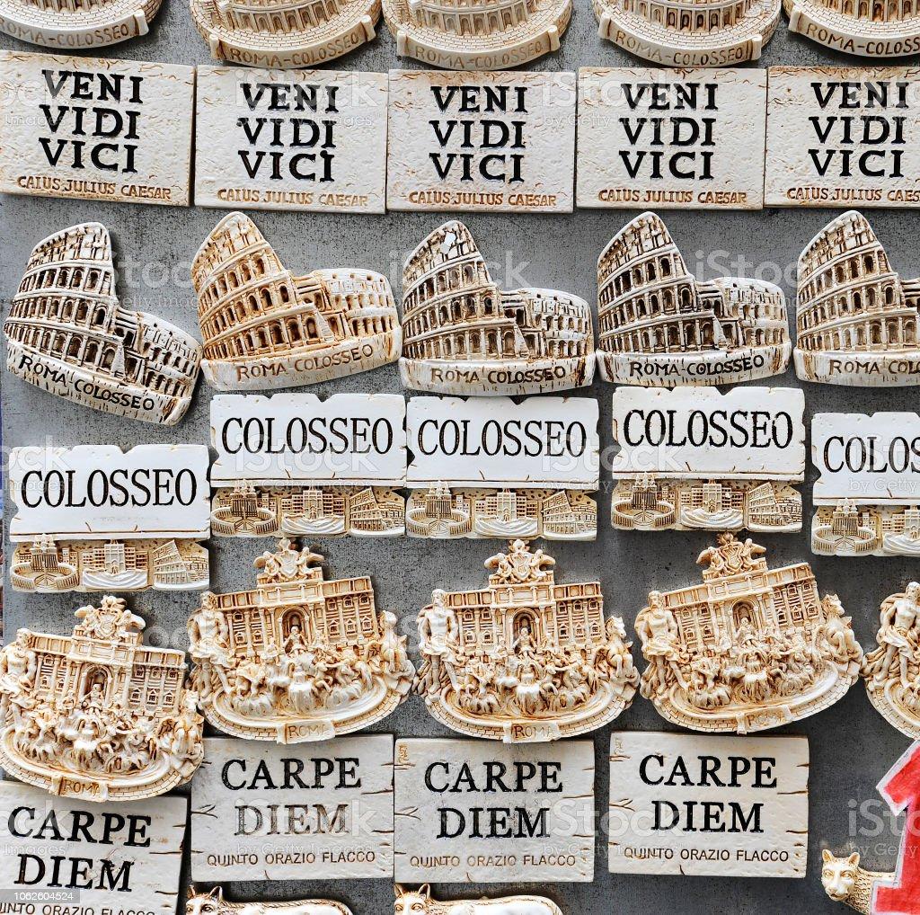 Frases Celebres De Latinos Utilizados Para Comprar Souvenirs