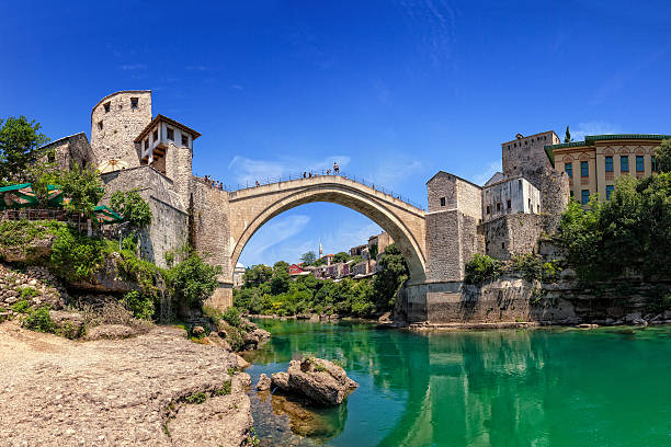 Berühmte Alte Brücke in Mostar – Foto