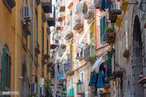 istock Famous quarter Quartieri Spagnoli in Naples, Italy 839871722
