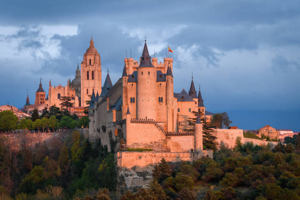 famous royal castle of alcazar at Segovia Segovia, Spain. 25th April, 2019: beautiful alcazar castle of Segovia, Spain alcazar palace stock pictures, royalty-free photos & images