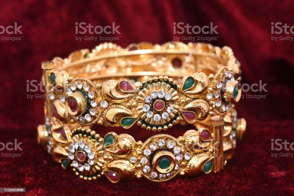 gros bracelet femme fantaisie