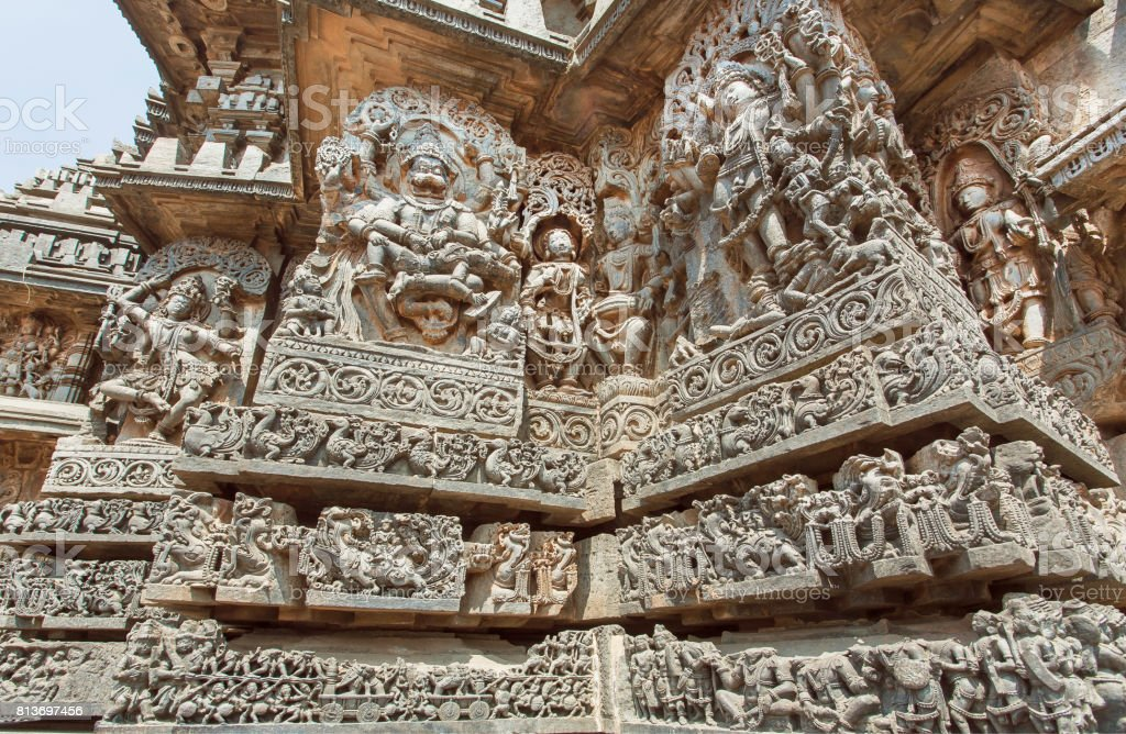 Fantastic Indian Architecture In Ancient Temples Of Halebidu With