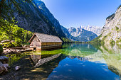 Fantastic views of the turquoise Lake Obersee under sunlight. Dramatic and picturesque scene. Location famous resort: Nafels, Mt. Brunnelistock, Swiss Alps. Europe. Beauty world.
