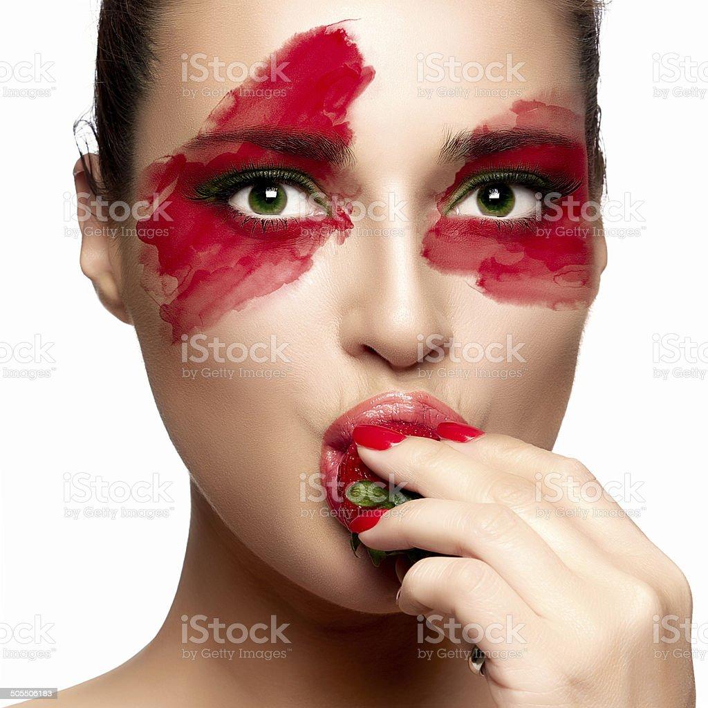Ansprechend Gesicht Bemalen Ideen Von Bemalte Gesicht. - Erdbeere Lizenzfreies Stock-foto