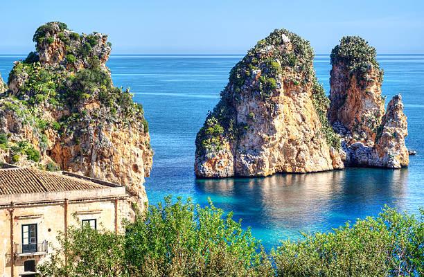 Faraglioni a Scopello, Sicilia - foto stock