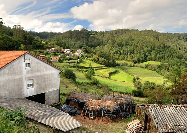 farm in Bergen von Galicien – Foto
