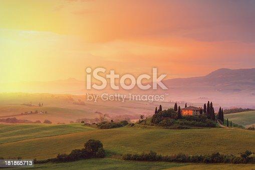 istock Farm in Tuscany at dawn 181865713