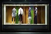 istock Fashion Dummies 136939782