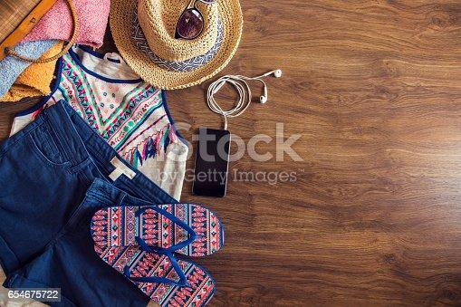654680306 istock photo Fashion in summer 654675722