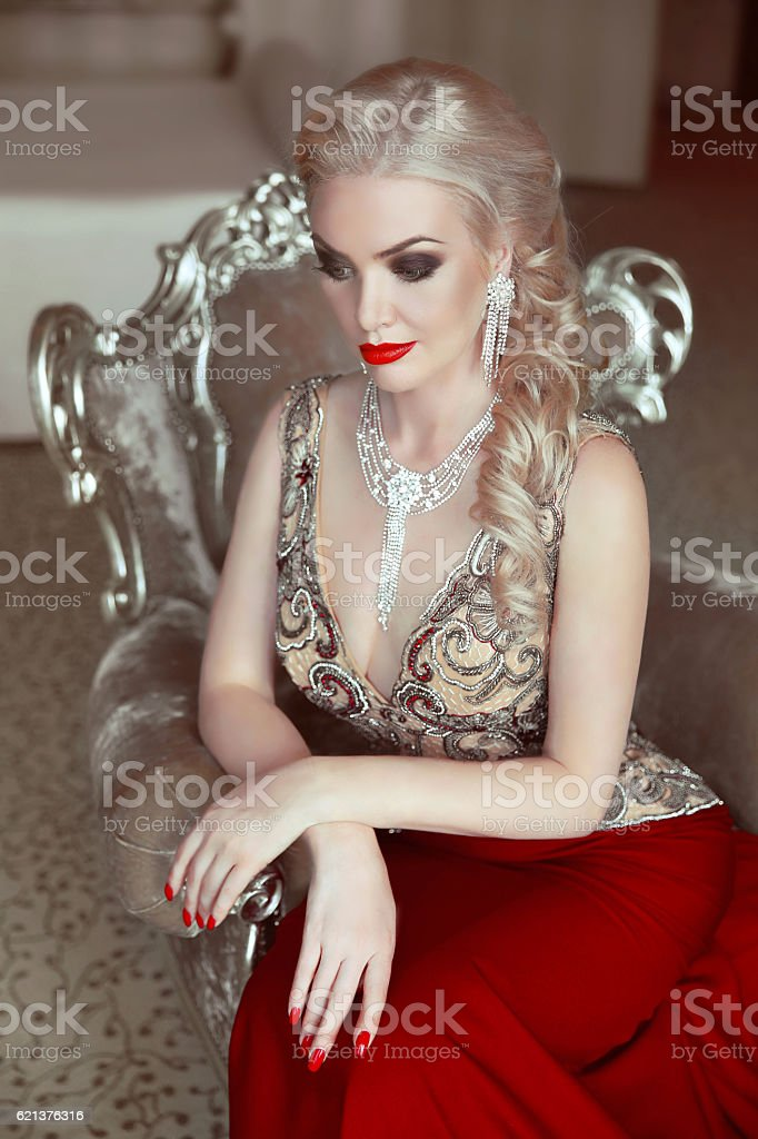 Beautiful Sensuality Teen Girl With Long Hair: Fashion Indoor Portrait Of Beautiful Sensual Blond Woman