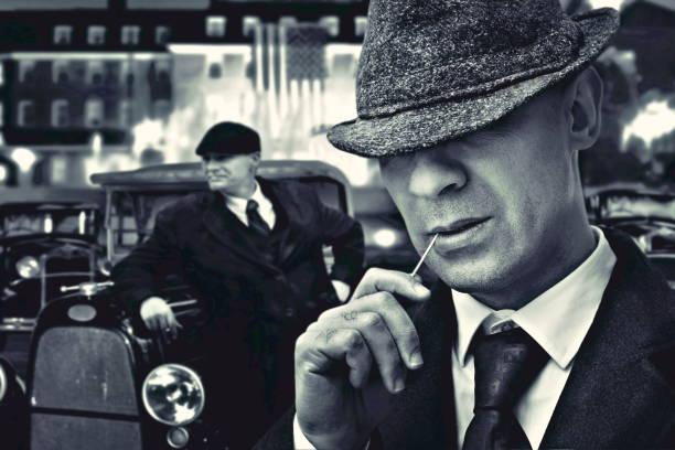 mode mafia gansters - italienischer abstammung stock-fotos und bilder