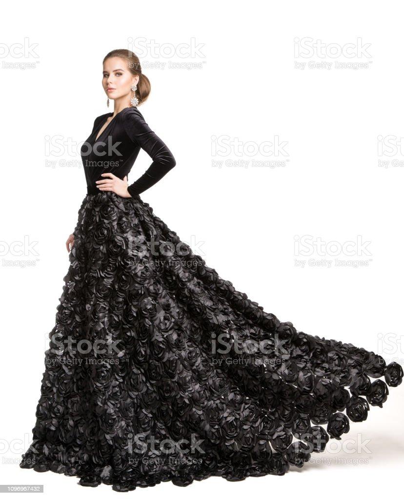 mode modell schwarzes kleid elegante frau im langen abendkleid beauty  portrait weiß isoliert stockfoto und mehr bilder von 20-24 jahre