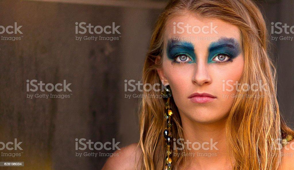 Lidschatten blonde blaue augen haare welcher Blaue Augen