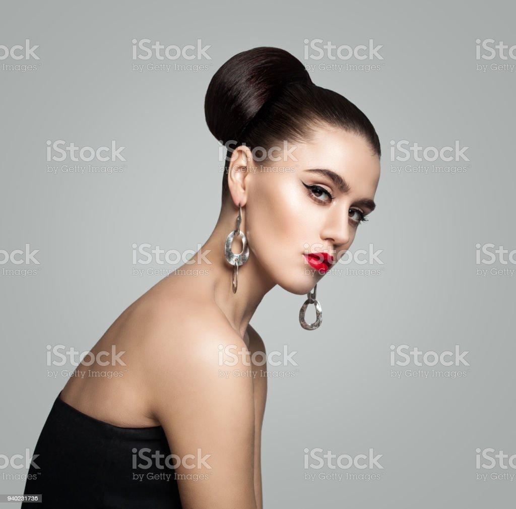 Fotografia De Retrato De Moda De Mujer Joven Con Estilo Retro Pelo