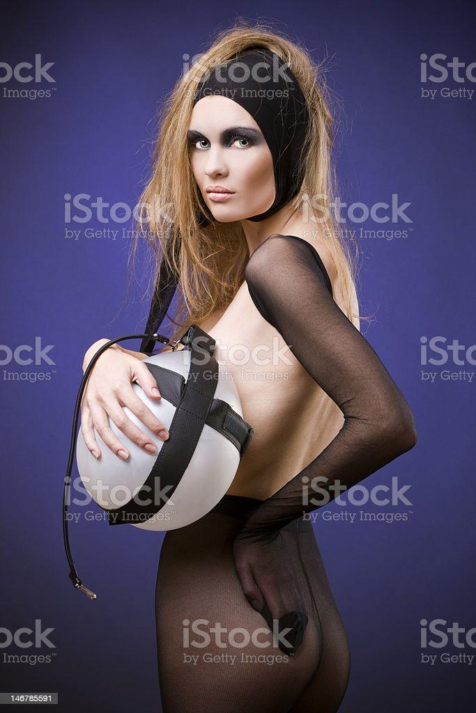 Sexy balloon girls