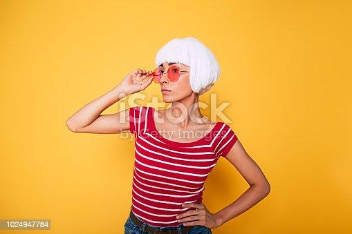 483075616 istock photo Fashion Stylish Beauty woman with White Short Hair. 1024947784