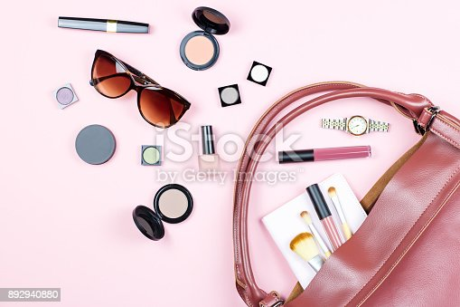 istock Fashion woman feminine flat lay with beauty products and accessories on pink background, copy space, 892940880