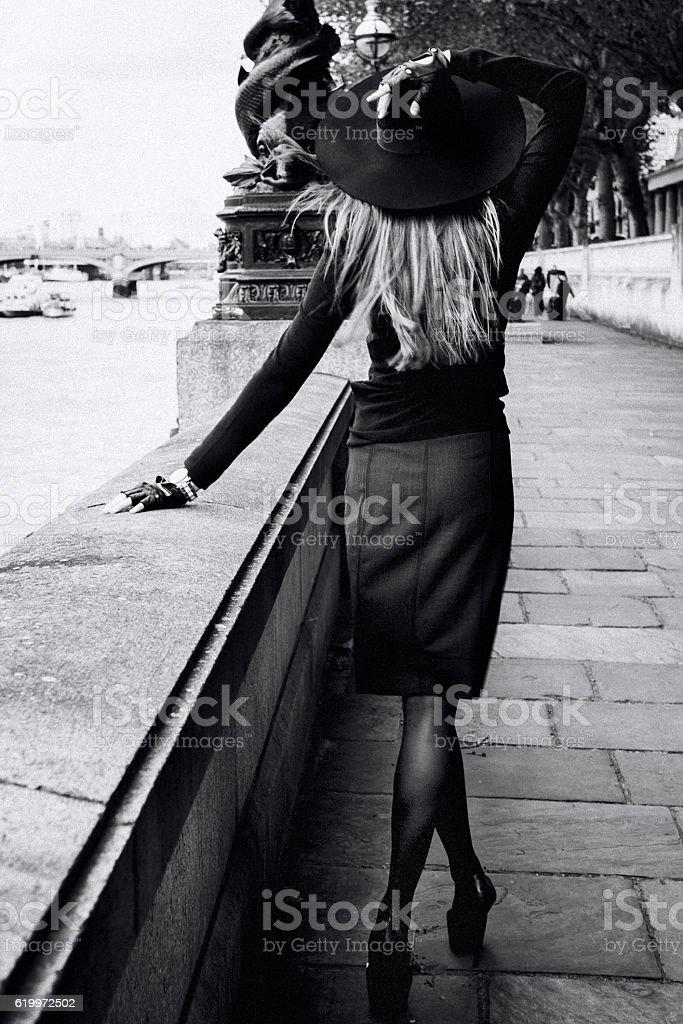 Mulher de moda  - foto de acervo