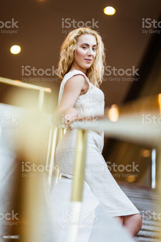Mode Frau Porträt Mit Candy Kleid Stockfoto und mehr Bilder
