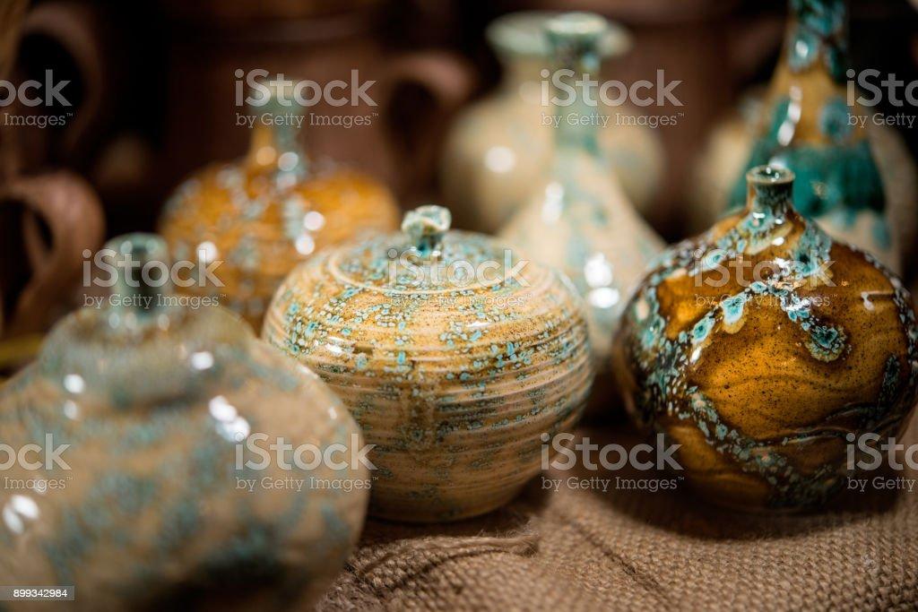 modische Keramik-Vasen – Foto