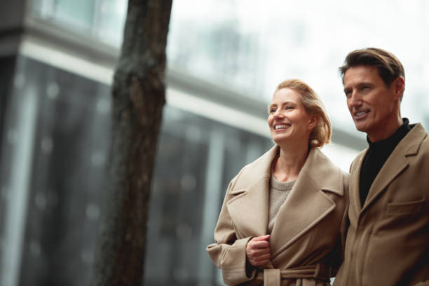 fashionable couple - georgijevic frankfurt stock pictures, royalty-free photos & images