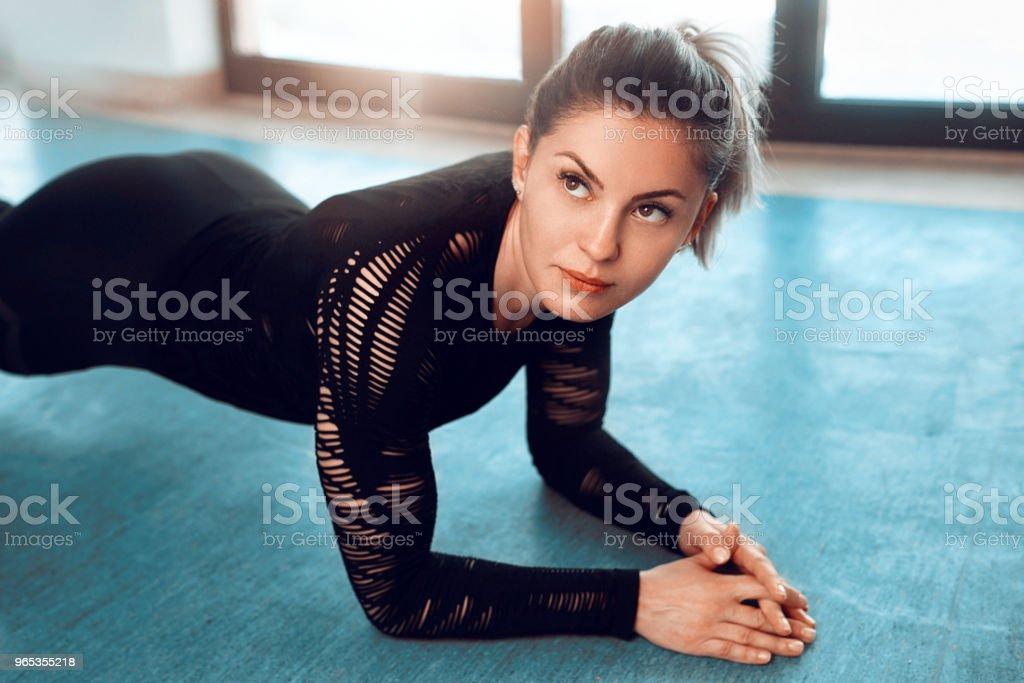 fashionable fitness woman zbiór zdjęć royalty-free