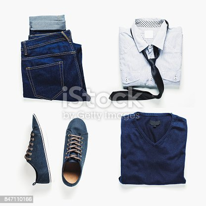 917262406istockphoto Fashionable men's clothing. Jeans and shoes. 847110166