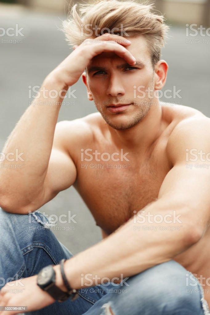 Boys bilder von nackten Category:Nude photos