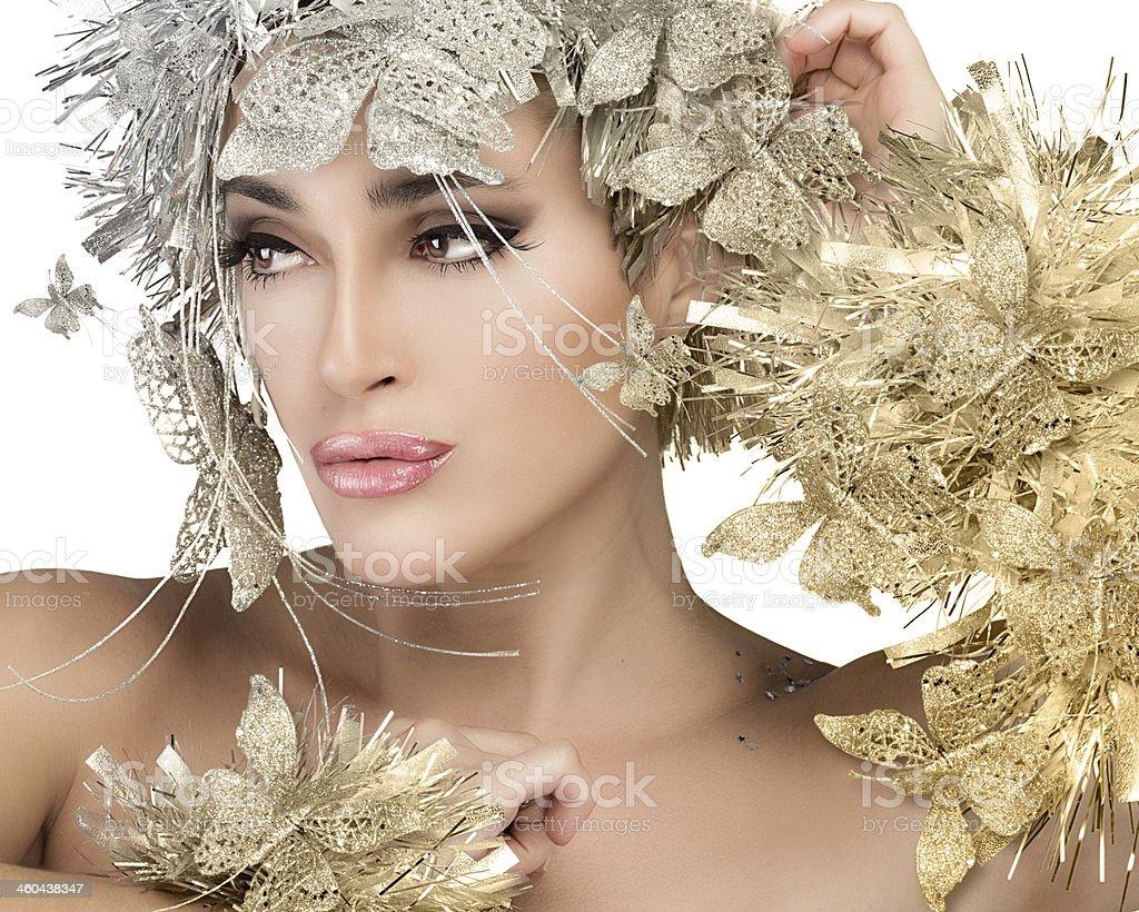 Mulher de retrato moderno de ouro e prata stylism.  Garota de Natal - foto de acervo