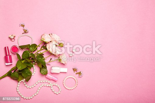 istock Fashionable Women's Cosmetics and Accessories 875320286