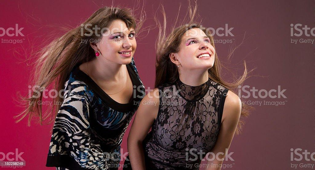 Fasion Stil Foto von zwei brunette Frau – Foto