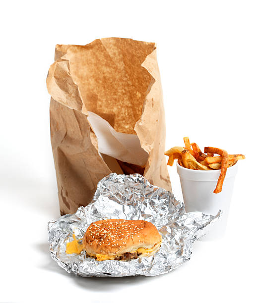 cause and effect of fast food popularity Increased popularity of fast food restaurants has led to increased employment opportunities the expansion of fast food outlets has resulted to an increased workforce the fast food outlets offer employment to millions of americans.