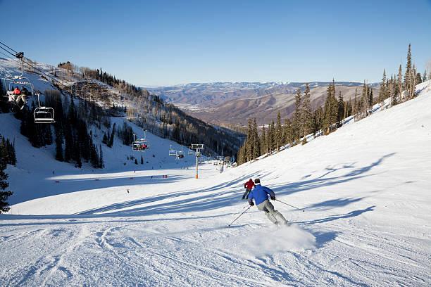 Fast skiers at aspen picture id184924062?b=1&k=6&m=184924062&s=612x612&w=0&h=tabdbljs 4wfuysycfyuv xizt831fkzbqi11a1m3be=