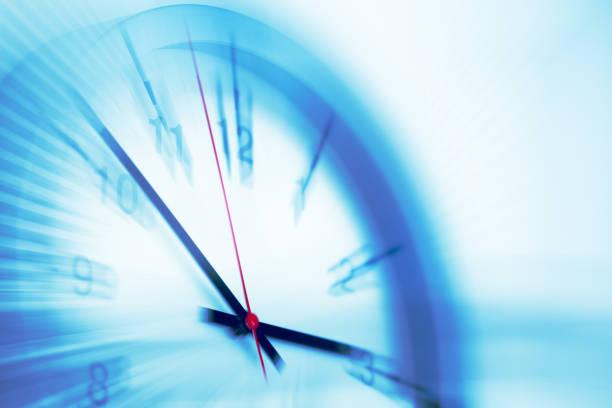 los tiempos de velocidad rápidos cronometran las horas de trabajo de negocio sin trabajo concepto de movimiento - zoom meeting fotografías e imágenes de stock