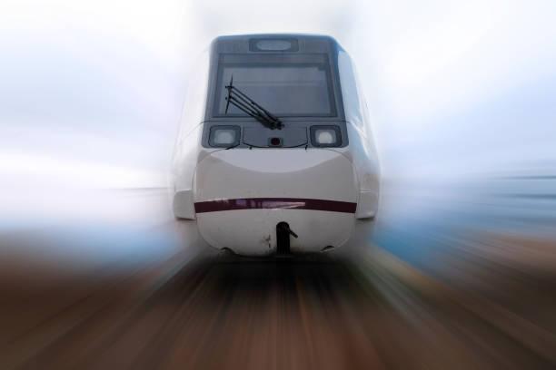 Tren rápido que pasan - foto de stock