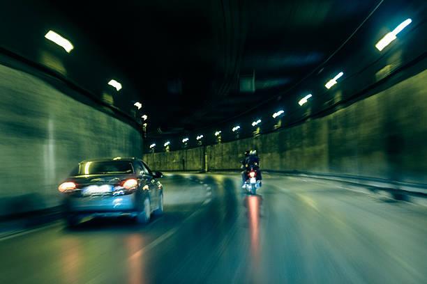 schnelle fahrzeug - autos und motorräder stock-fotos und bilder
