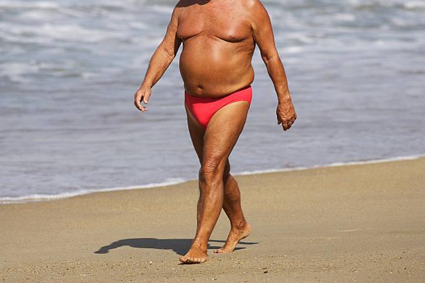 fat man sunburn)