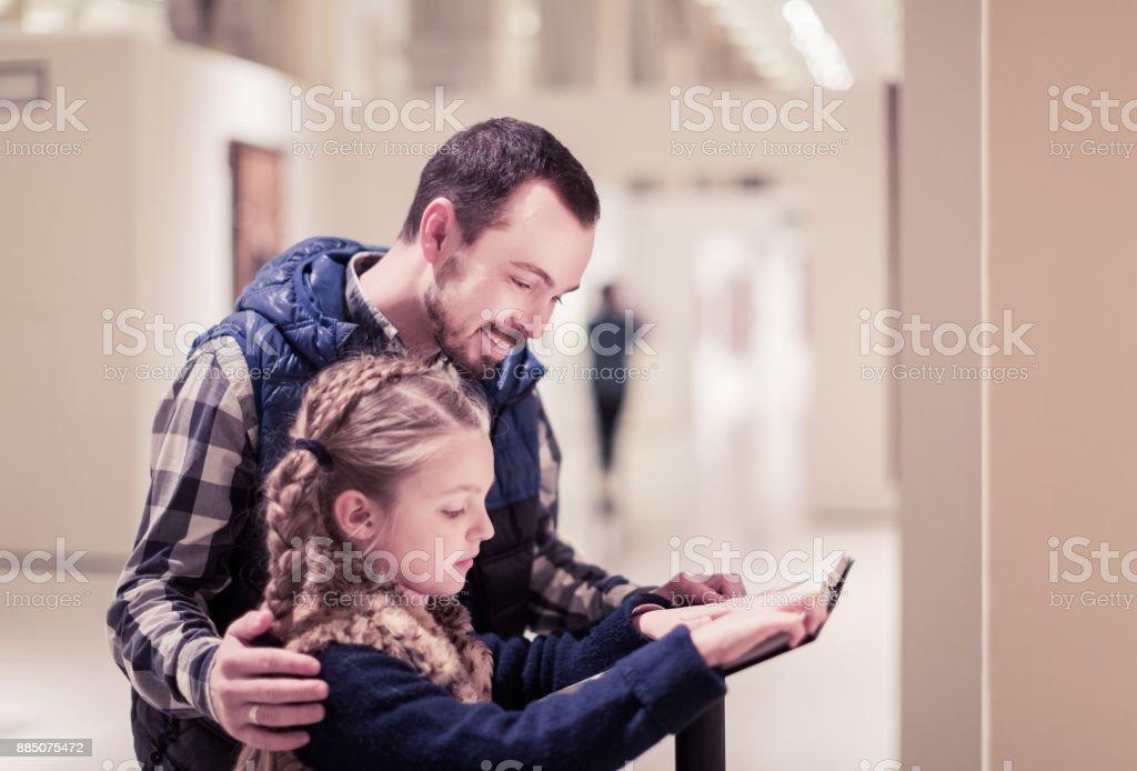 Pai e filha, guia de leitura - foto de acervo