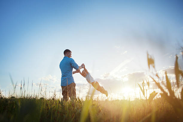 Vater und seinem Sohn im park – Foto