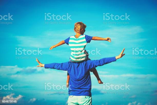 Father and son having fun on sky picture id654679148?b=1&k=6&m=654679148&s=612x612&h=igu4gklizkzpbiswjfd1ryblbulffm8osm8oxovolhy=